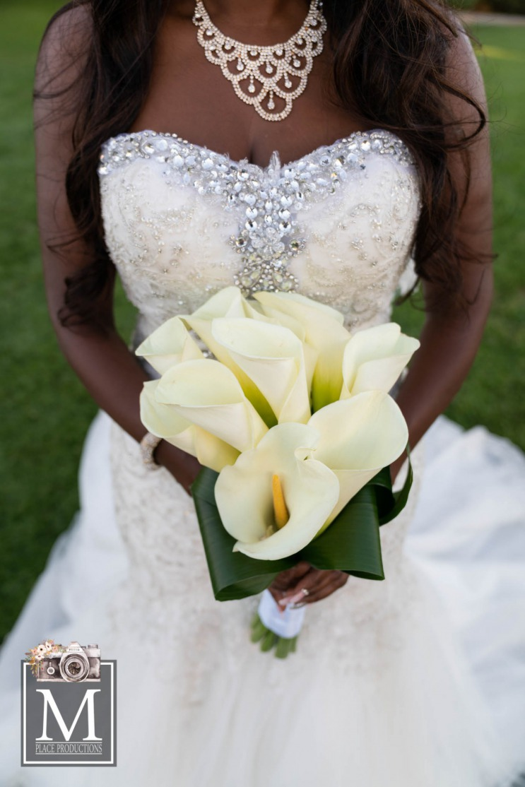 White Lily Bride bouqet