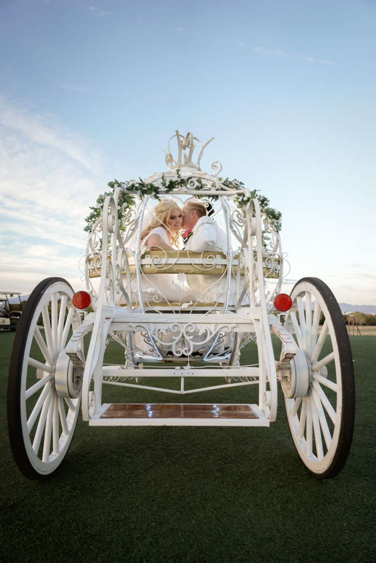 Las Vegas Fairytale Wedding at TPC with horse and carriage
