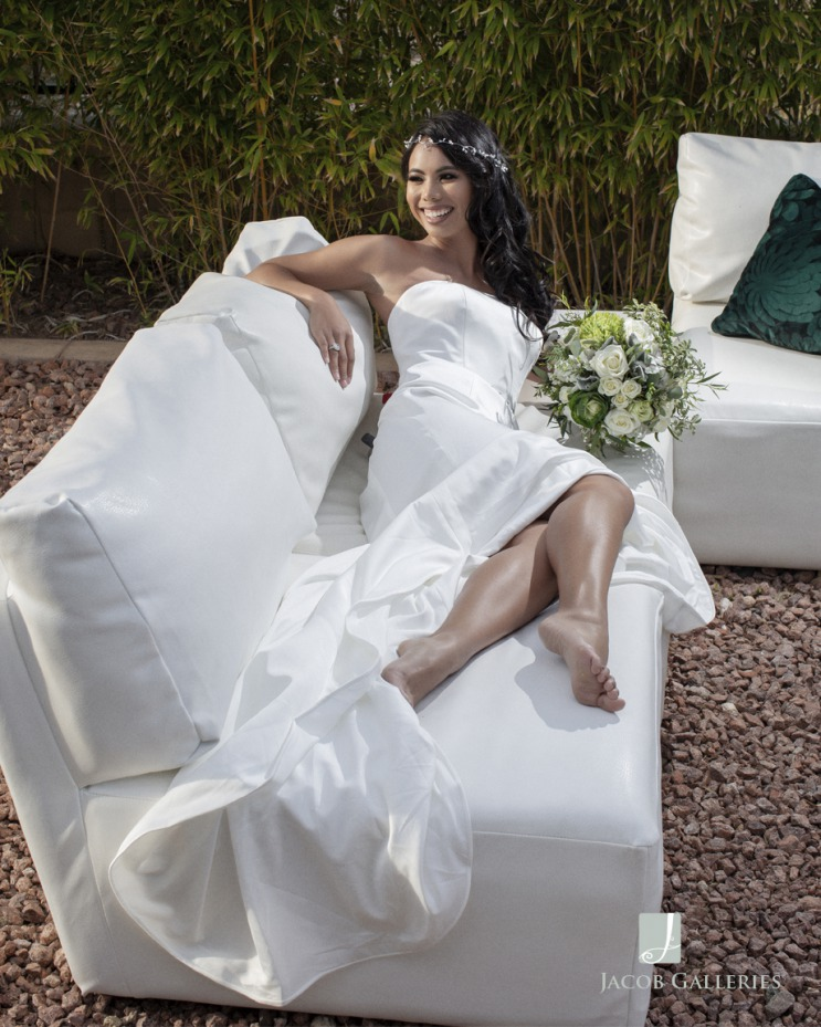 bride oustide at Emerald at Queensridge