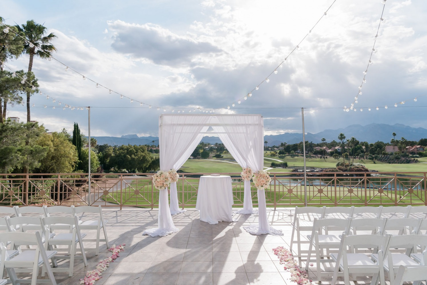 Canyon Gate Country Club outdoor wedding ceremony