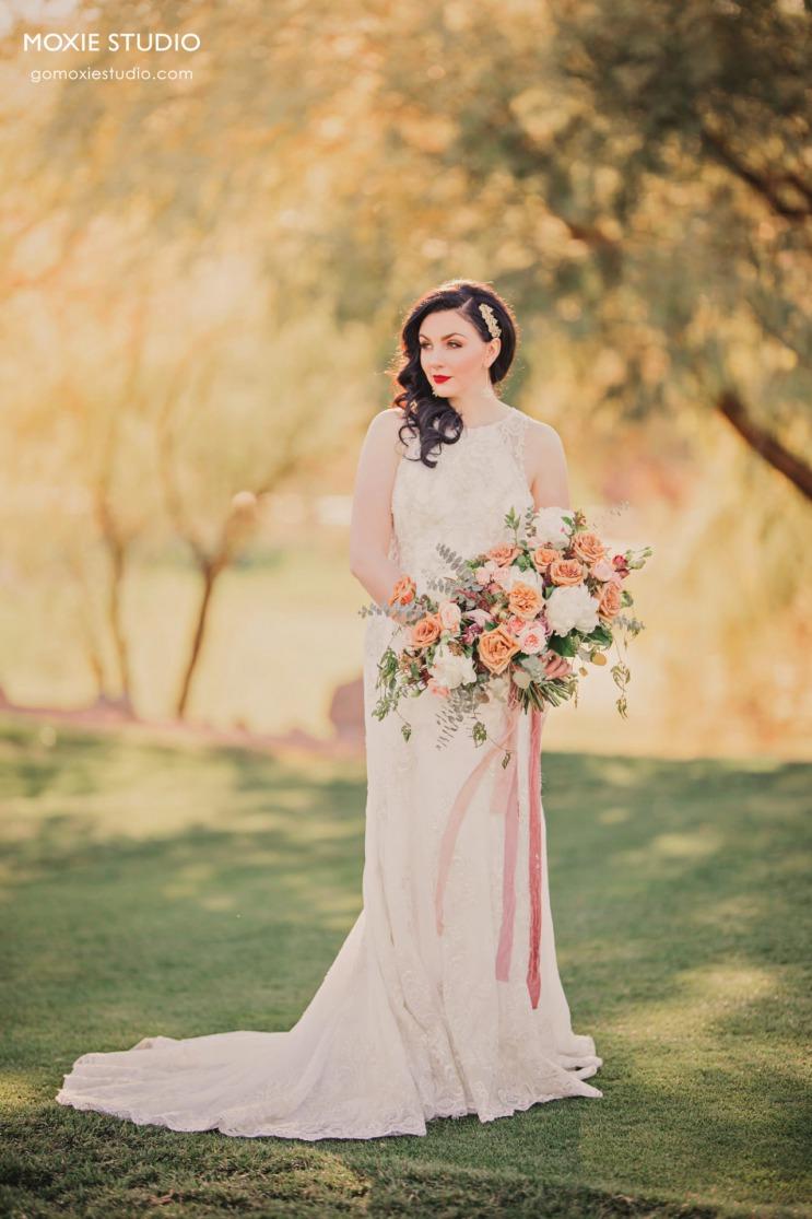 Beautiful elegant bride at DragonRidge