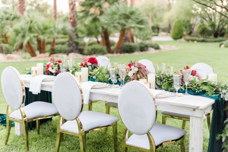 Winter Wedding Table Setting Inspiration