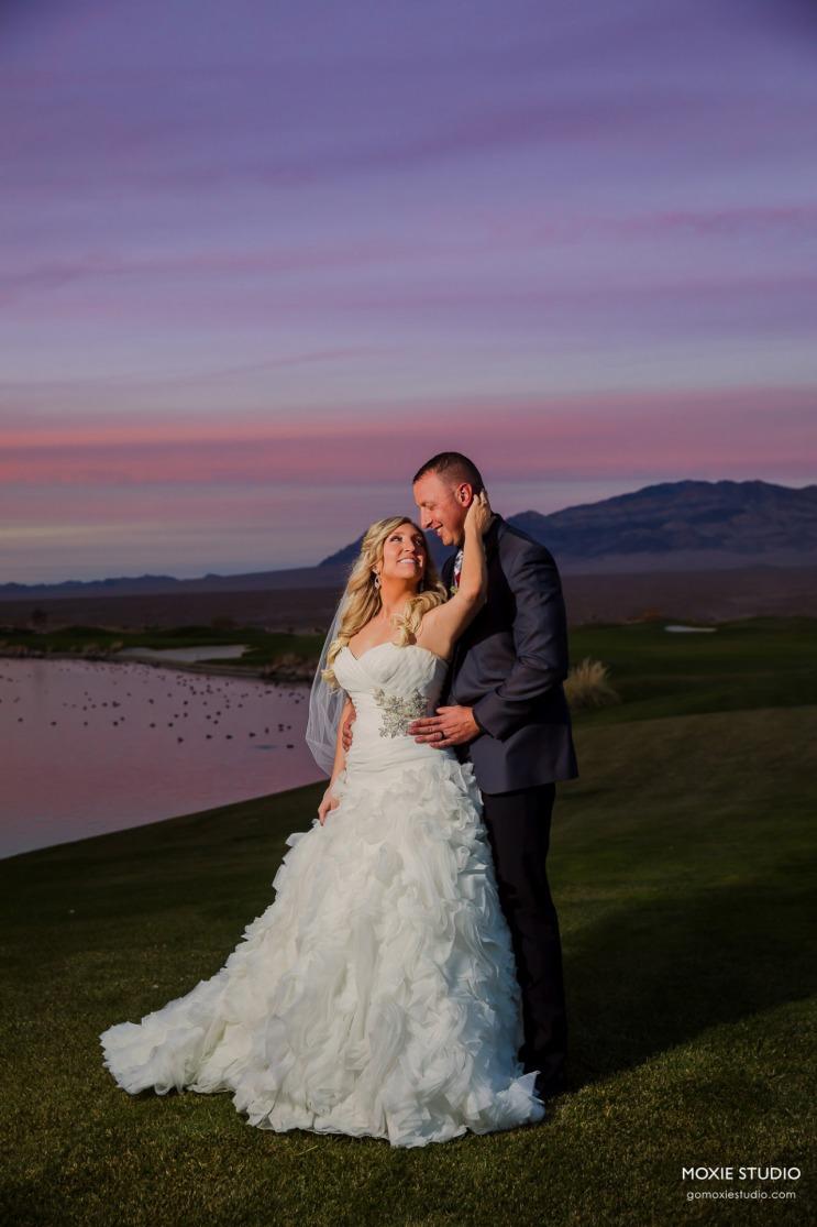 A burgundy wedding at Paiute Golf Resort