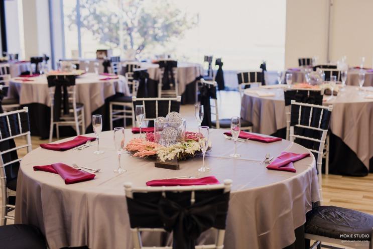 A burgundy reception table at Las Vegas Paiute